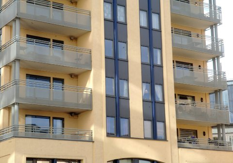 Det er nå få leiligheter til leie, men prisene gikk litt ned siste måned.