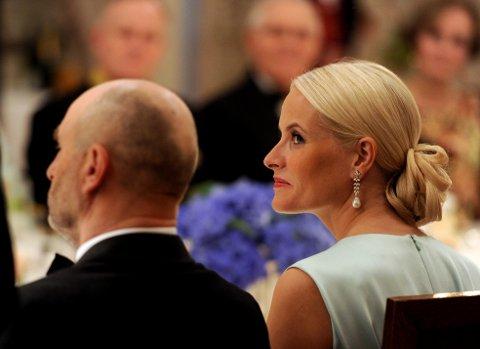 Kronprinsesse Mette-Marit under slottsmiddagen.