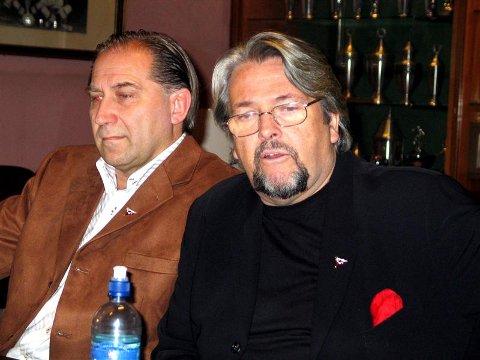 Fredrikstad-leder Bjørn Jensen (til venstre) kunne i går presentere Arve Mokkelbost som ny direktør i FFK. (Foto: Knut Johannessen, Demokraten)