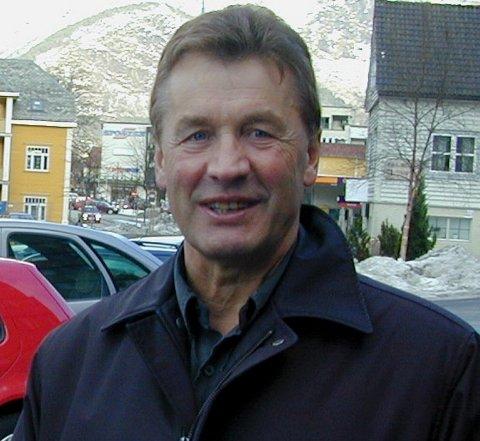 VEKKJER OPPSIKT: Ernst Veum sin overgang frå Ap til Frp vekkje oppsikt langt utover kommunegrensene i Luster.
