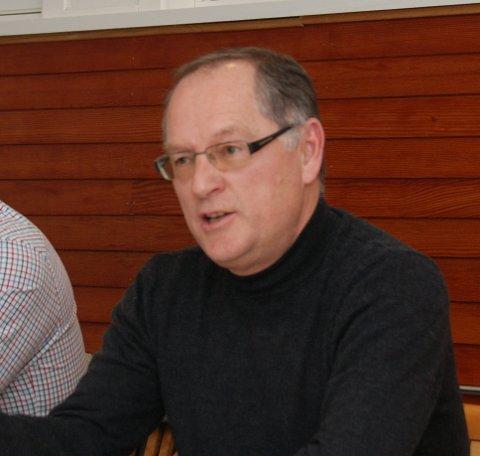 Jan Einar Henriksen (V) fremmet forslag om at kommunen skulle bli hovedsponsor for trebåtfestivalen. Forslaget ble vedtatt med 4 mot 3 stemmer.