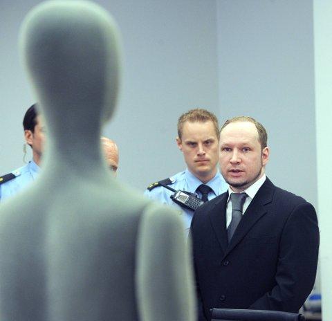 Anders Behring Breivik i rettsal 250 fredag.