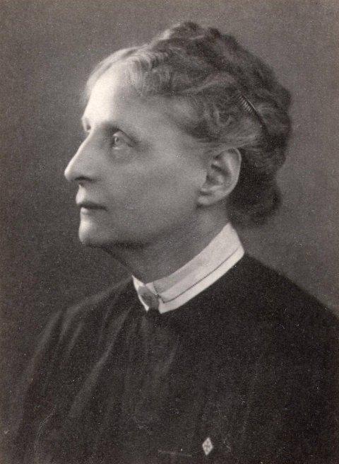 Bergljot Larsson var en av stifterne og den første lederen av forbundet.
