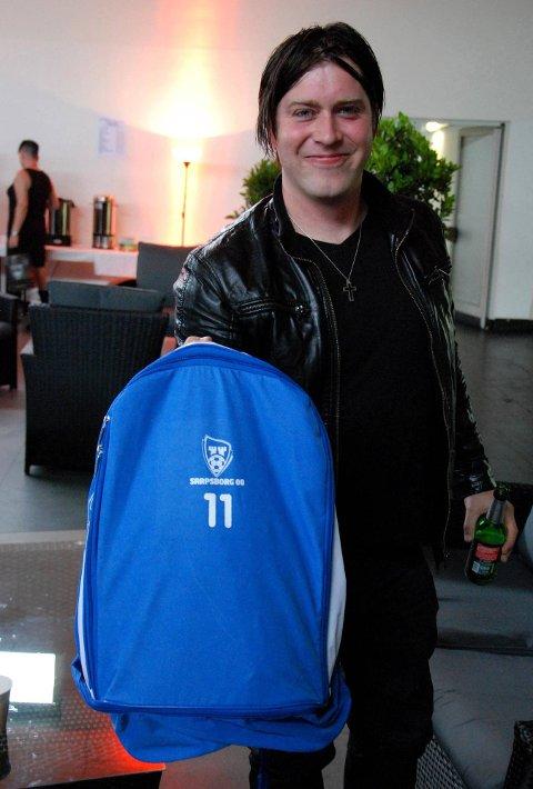 Musikkfestivalen Amphi Festival i K?ln i Tyskland. Jonas Groth pakket lett på tur til Tyskland. - Jeg fikk låne ryggsekken til Øyvind Hoås.