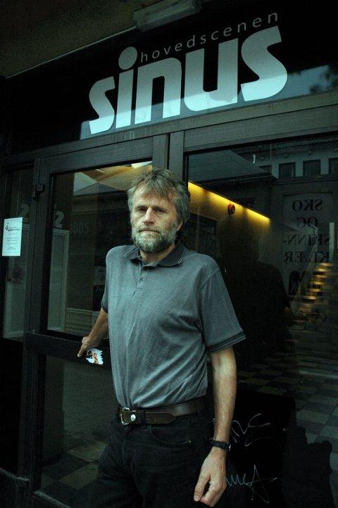 Ikke mer penger. Kommunaldirektør Arne Øvsthus sier at det totale kapitalbehovet til Sinus er så stort at kommunen ikke kan gå inn. Det kan bety konkurs for scenen. Foto: Hanna-Lisa Skau