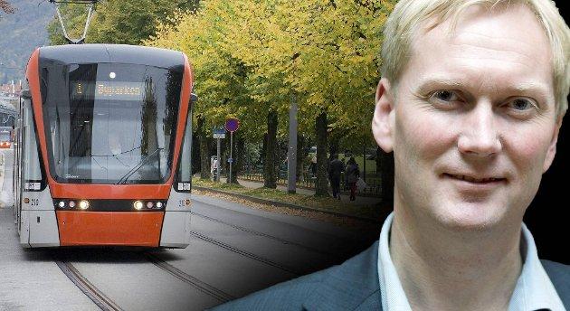 Harald Schjelderup synes regjeringspartiene lokalt kjemper for lite for et  statlig bidrag på 50 prosent av Bybane-byggingen til Åsane.