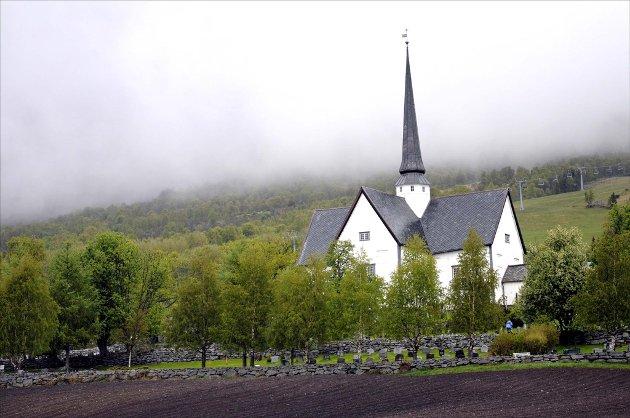 UTVIDES: Gravplassen ved Oppdal kirke. Arkivfoto: Kjell Arne Jørgensen