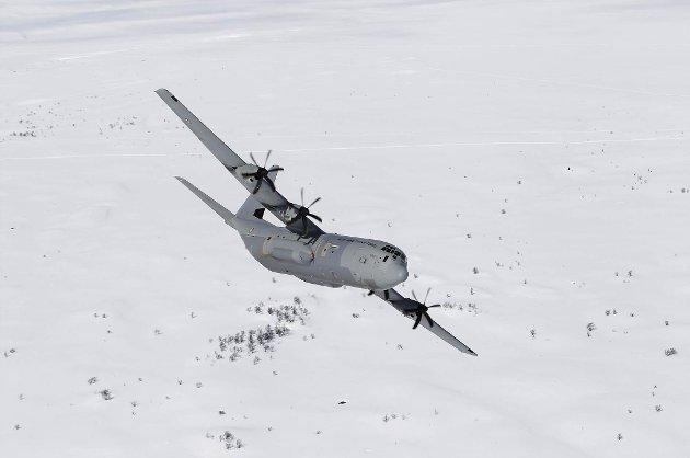 SAVNET: Det er et fly av denne typen - C-130J Hercules - som er savnet.