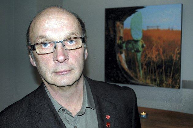 FÅR MINDRE: Vadsø-ordfører Svein Dragnes får en økning i godtgjørelsen, men ikke så stor som Ap i utgangspunktet la opp til. Saken ble diskutert i kommunestyret torsdag, der det måtte gruppemøter til for å enes om en avgjørelse.