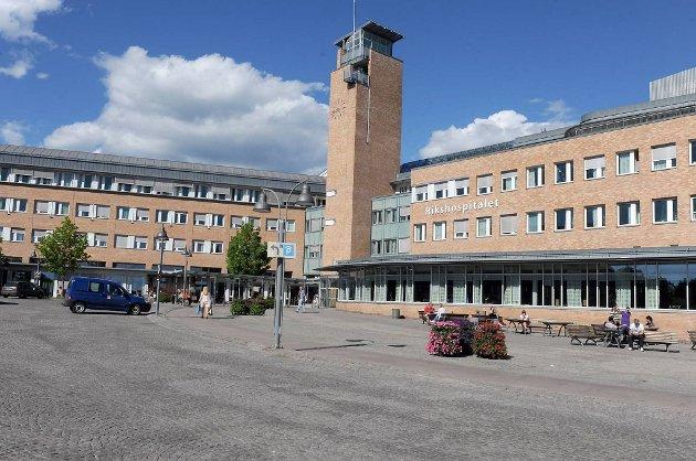 Fireåringen ble fløyet til Rikshospitalet.