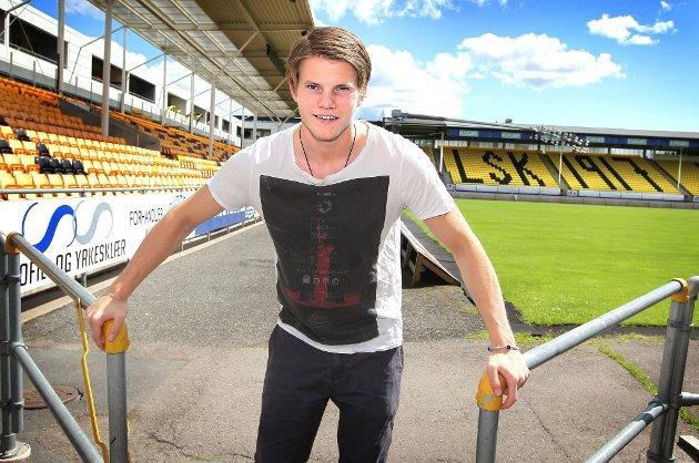 STÅR LØPET UT: Björn Bergmann Sigurdarson ønsker å spille for LSK fram til midten av juli. Slik håper han å kunne betale tilbake noe av den støtten han har mottat fra ulike hold i løpet av sin tid i Lillestrøm.