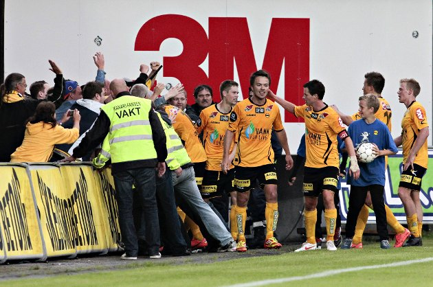 JUBEL: Palmi Rafn Palmason etter scoring i Tippeligakamp mellom Lillestrøm SK og Tromsø IL på Åråsen Stadion fredag kveld. FOTO: SCANPIX
