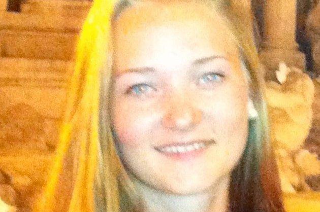 Sigrid Giskegjerde Schjetne, f. 06.07.96  ble meldt saknet av foreldre ca kl. 0030 i natt. Hun er ca. 170 cm høy, har brunt langt hår, blå øyne, ola shorts, blå hettegenser, grå singlet. Bar på en brun skinnveske.