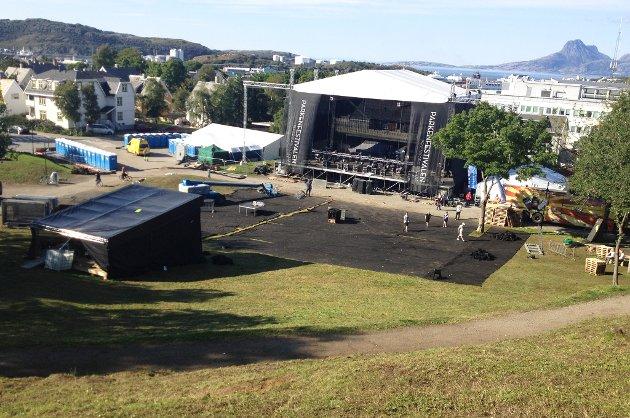 Parkenfestivalen rydder opp.