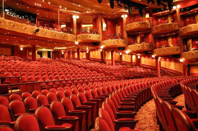 """EGET TEATER: """"Queen Victoria"""" har et eget teater, og selvsagt egen teatertrupp."""