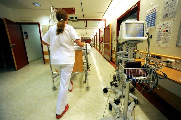 Antallet ferdigbehandlede pasienter som opptar plasser på sykehus har gått radikalt ned ett år etter at samhandlingsreformen ble satt ut i livet.