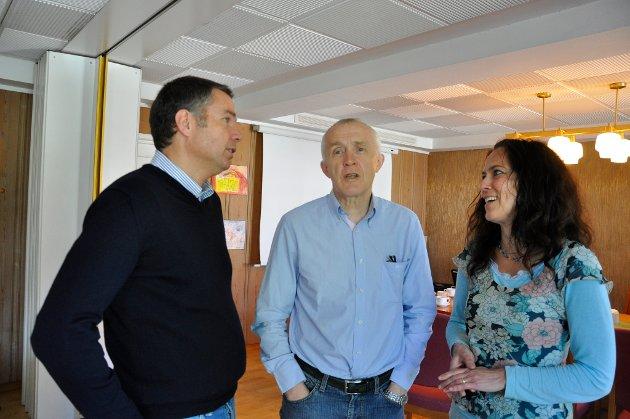 Kirkeverge Kjetil Gjærde, menighetsråds- og fellesrådsleder Harald Kollstrøm og prost Kristin Moen Saxegård.