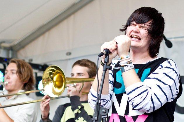 FUNKY: Bandet Sunday opptrådte med funky låter på Jessheimdagene i onsdag. FOTO: LISBETH ANDRESEN