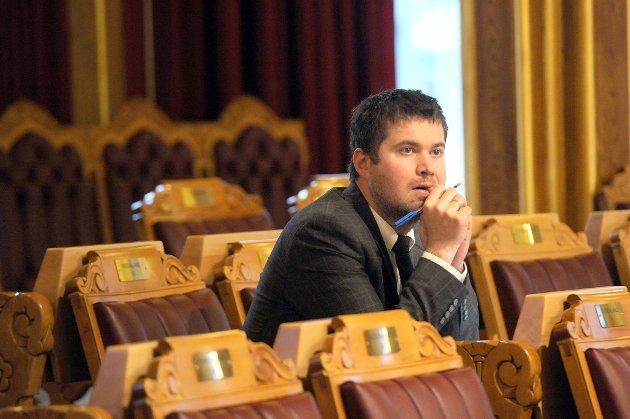 Senterpartiets Geir Pollestad ber Nav granske trygdesnylter.