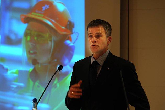Statoil-sjef Helge Lund la fram rekordresultat for konsernet.