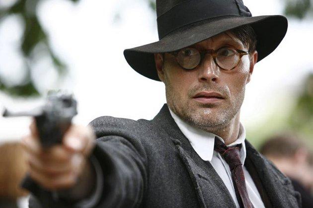 Mads Mikkelsen fikk prisen for beste mannlige hovedrolle i Cannes.
