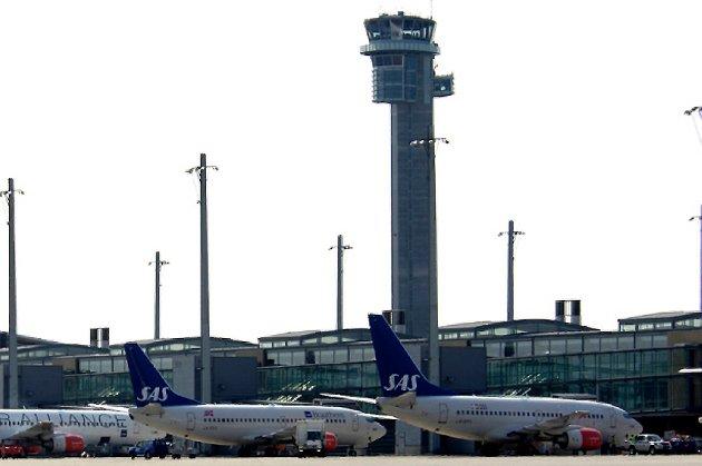 Det er folk i tårnet! Det ble ingen streik blant flygelderne.