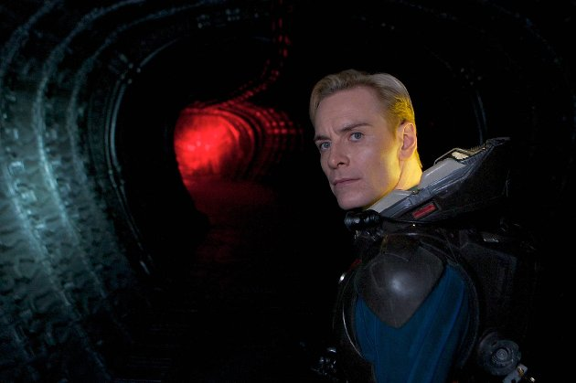 Dødsscener er enklere enn sexscener, hevder Michael Fassbender (35), som spilte i «Prometheus».
