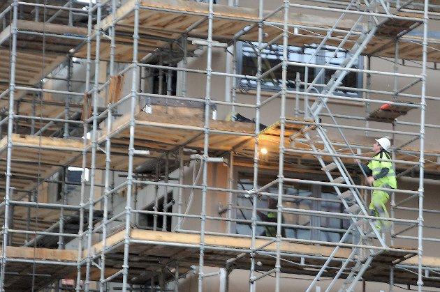 Utenlandske arbeidstakere jobber i mer risikofylte yrker enn nordmenn.