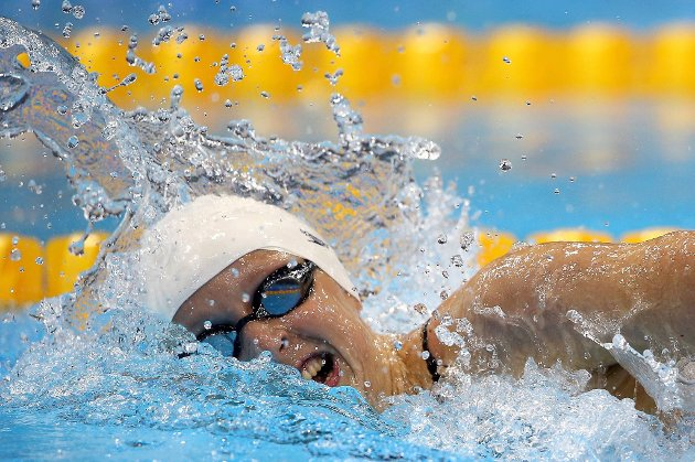 1 5år gamle Katie Ledecky ble olympisk mester på 800 meter fri.