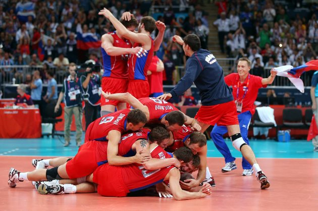 Russland feirer seieren mot Brasil.