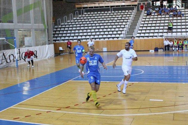 Håvard Solem utliknet til 2-2, men etterpå var det kjørt for Vegakameratene.
