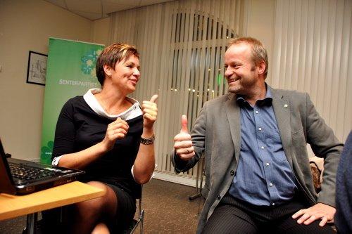 LETTET: - Du er inne, fastslo Ivar Odnes da valgdagsmålingen ble presentert.  Foto: Kari Utgaard