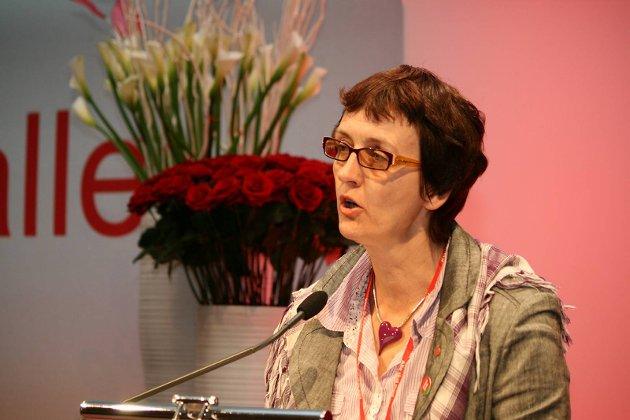 NY: Kari Henriksen (Ap) er psykiatrisk sykepleier og har mastergrad i folkehelse.