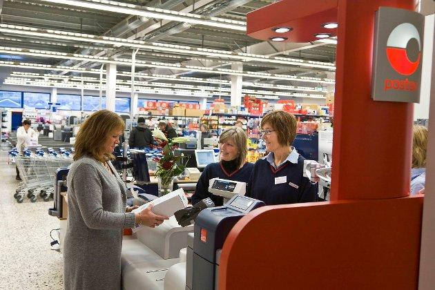 Striden dreier seg om avtaler Posten Norge inngikk med butikkjeder og kiosker om kun å levere pakker fra Posten.