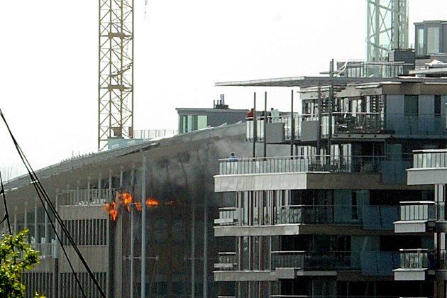 Det brant mandag ettermiddag i Astrup Fearnley-museets uferdige bygg på Tjuvholmen i Oslo.