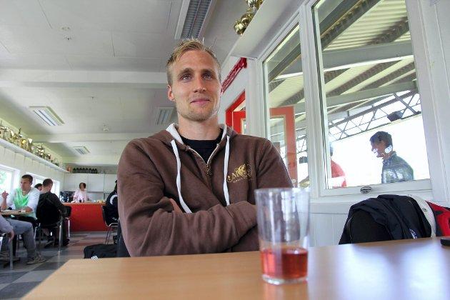 KLAR: Petter Tiller Larsen er klar på at KIL trenger en seier til før ferien. På søndag venter hans gamle klubb Alta på bortebane.