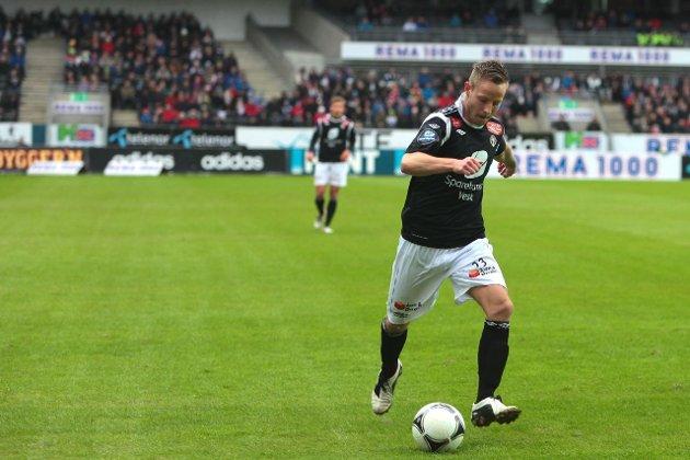 BORTEKAMP: Tonny Brochmann og Sogndal møter Aalesund på Color Line Stadion søndag.