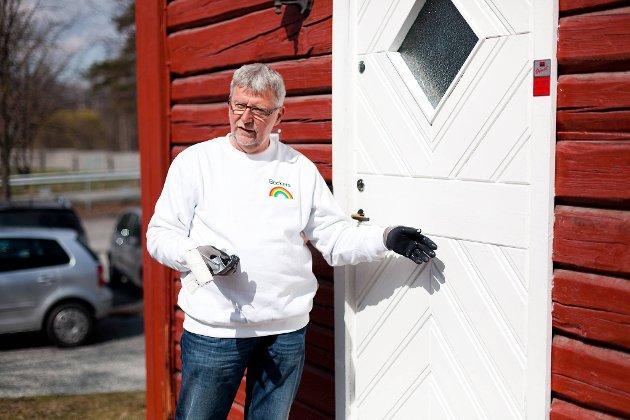 Du trenger ikke å male om hele fasaden fordi du har fått noen skader på malingfilmen, sier malermester Chresten Nielsen.