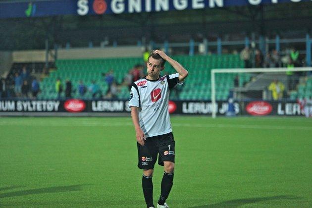 NYTT TAP: Henrik Furebotn og Sogndal rauk 1-3 på heimebane mot Fredrikstad fredag kveld.