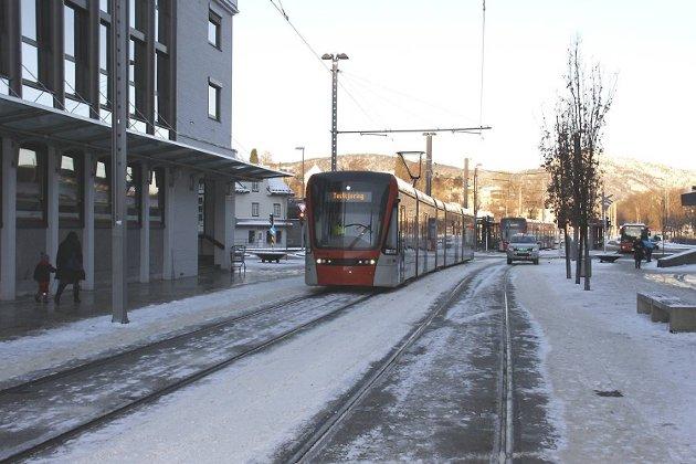 Bybanen kjører gjennom Nesttun.