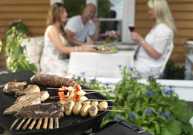 Vi er glad i grillmat, og nå skal den være sunnere enn før.