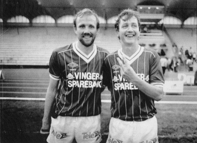 Sentral duo: KIL slår Vålerenga 1?0 i september 1984. Matchvinner ble Øyvind Tomteberget, her sammen med Erik Nystuen. Foto: Ove Hansrud