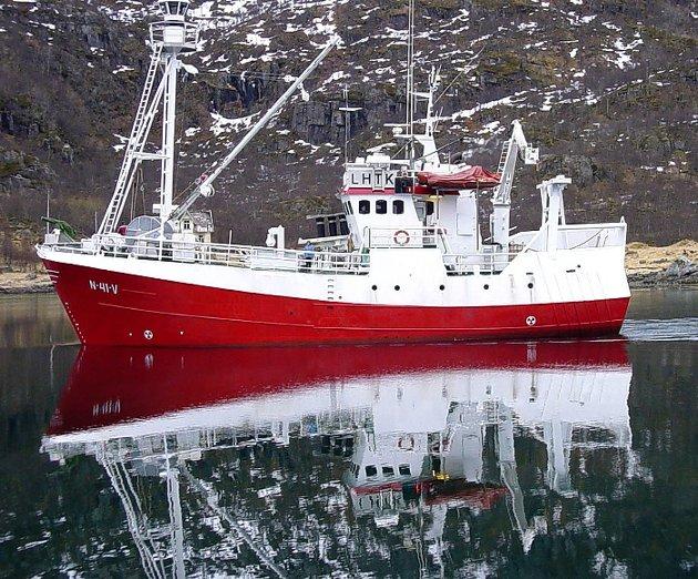 Fredag 9. mai 2003 var en stor dag for Digermulen og Vågan kommune. Da kom nye «Willassen Senior» på sitt aller første besøk til hjembygda.  Båten er 90 fot, rigget for hvalfangst, snurrevad og sildefiske.  Eiere er Otto og Hans M. Willassen,