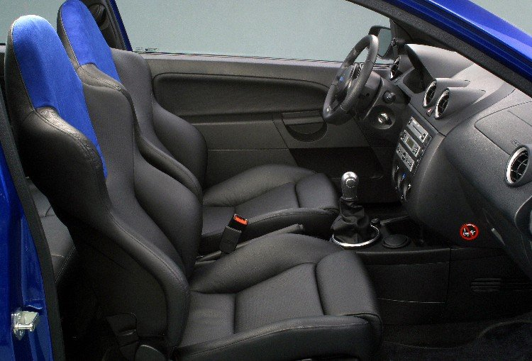 Ford Fiesta RS  (Foto: Ford)