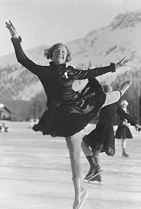 Sonja Henie under OL i St. Moritz i 1928.  (Foto: IOC Olympic Museum Collections )