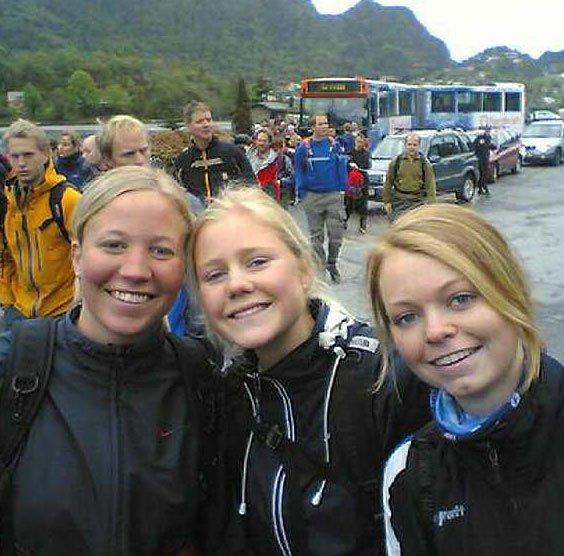 Mari Aarsaland, Siv Helene Eriksen, Berit Skorpen går i dag deres første tur over de syv fjell (Foto: MMS: Tove Guldbrandsen)