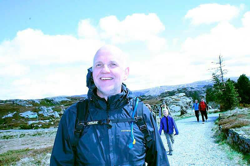 Syv fjell er en lek for Håkon Sletten (51) som går syvfjellsmarsjen for 16. gang. (Foto: Tove Gulbrandsen)