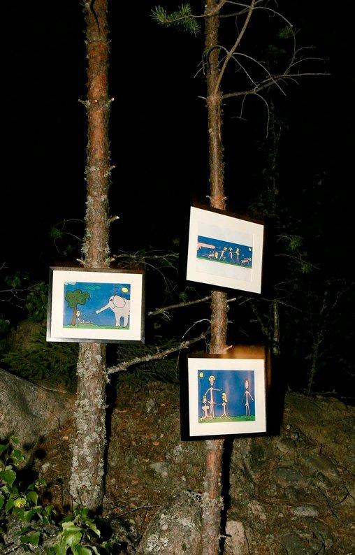 Audunbakken består av mer enn musikk. Her er deler av årets kunstutstilling. (Foto: OLE-JOHNNY MYHRVOLD)