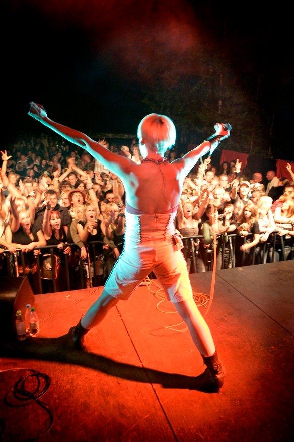 Liten tvil om at Surferosa var et populært innslag på årets festival. (Foto: OLE-JOHNNY MYHRVOLD)