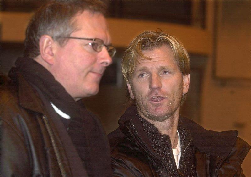 Ikke bekymret. Kent Bergersen har ikke panikk i spillerjakten, og kjenner vi direktør Ernst Pedersen rett, har heller ikke han det.